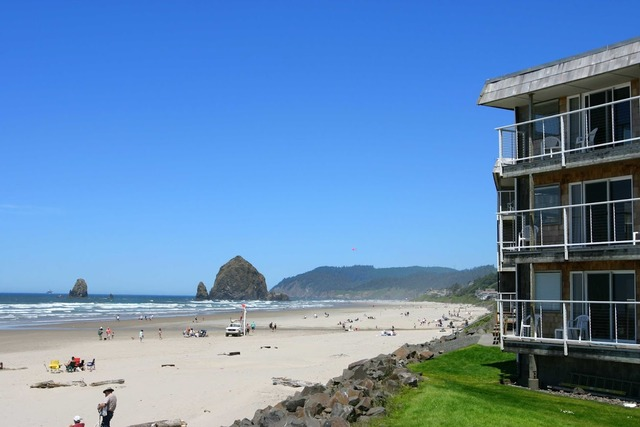 the tolovana inn cannon beach or resort reviews. Black Bedroom Furniture Sets. Home Design Ideas