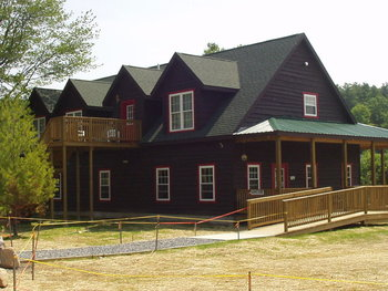Exterior view of Twin Pines Resort.