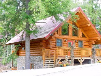 Cabin exterior at Mountain Shadows Resort.