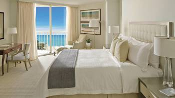 Guest room at Four Seasons Resort - Palm Beach.