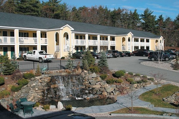 Exterior view of InnSeason Resorts The Falls at Ogunquit.