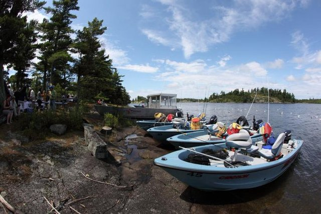 Totem resorts sioux narrows ontario resort reviews for Ontario canada fishing resorts