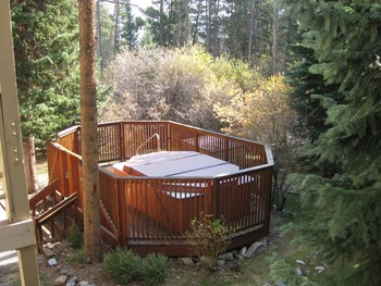 Rental hot tub at Wildwood Suites.