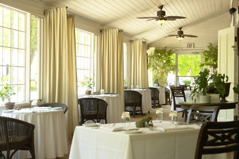 Dining Area at The Whistling Swan Inn