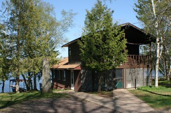 Cabin exterior at Bay Park Resort and Campground.