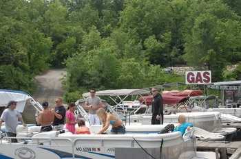 Boat rental at Inn at Grand Glaize.
