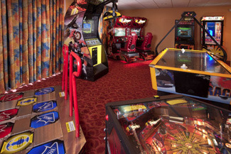Arcade Area at Holiday Inn Main Gate East