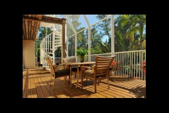 Screened patio at Southern Palm Bed & Breakfast.
