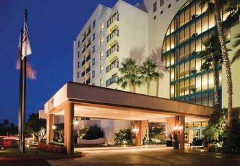 Exterior view of Newport Beach Marriott Bayview.