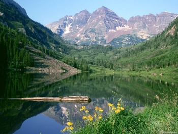 Scenic mountains near Frias Properties of Aspen.
