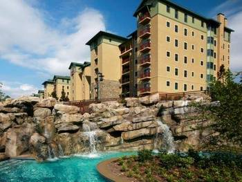 Exterior view of RiverStone Resort.