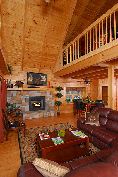 Sevierville Vacation Rentals Cabin Gatlinburg Splash 2 Bedroom 4 5 Bath Premier Silver