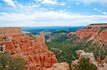 Bryce Canyon near Best Western Coral Hills.
