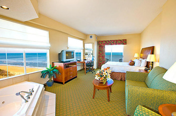 King jacuzzi suite at Hilton Garden Inn Outer Banks.