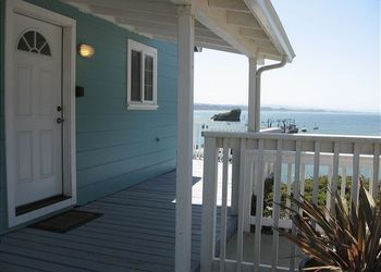Vacation rental by the beach at Redwood Coast Vacation Rentals.