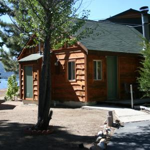 Quail cove lakeside cabins big bear lake ca resort for Cabins big bear lake ca