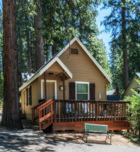 Knotty pine cabins idyllwild ca resort reviews for Knotty pine cabins idyllwild