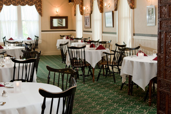 Dining room at Eagles Mere Inn.