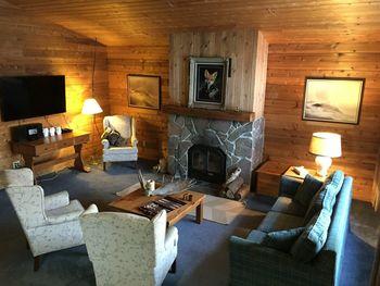 Interior view of Northridge Inn & Resort.