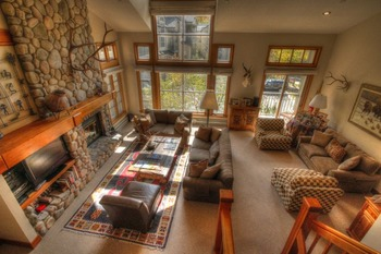 Vacation rental living room at SkyRun Vacation Rentals - Beaver Creek.